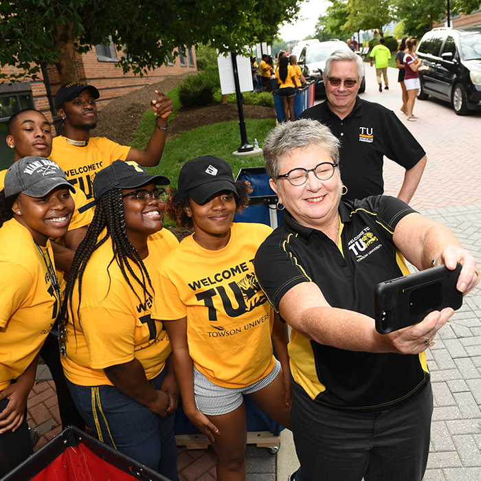 President Schatzel at move-in day