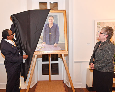 President Schatzel at the unveiling of her portrait