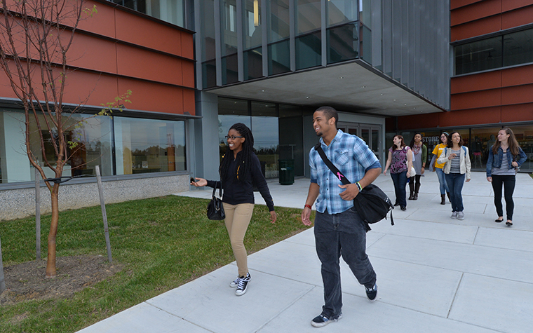 Students walking on the TUNE campus
