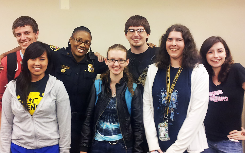 officer kia williams with students