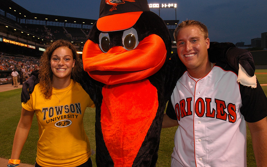 TU students with the Oriole bird