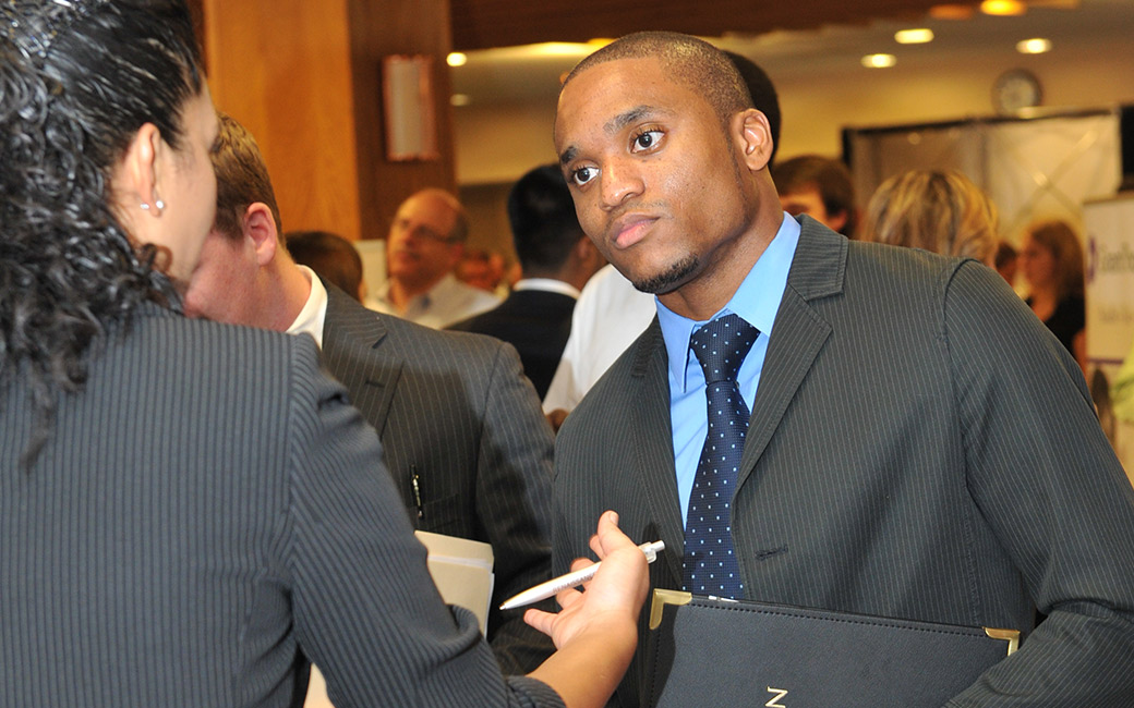 CBE student talking to a recruiter