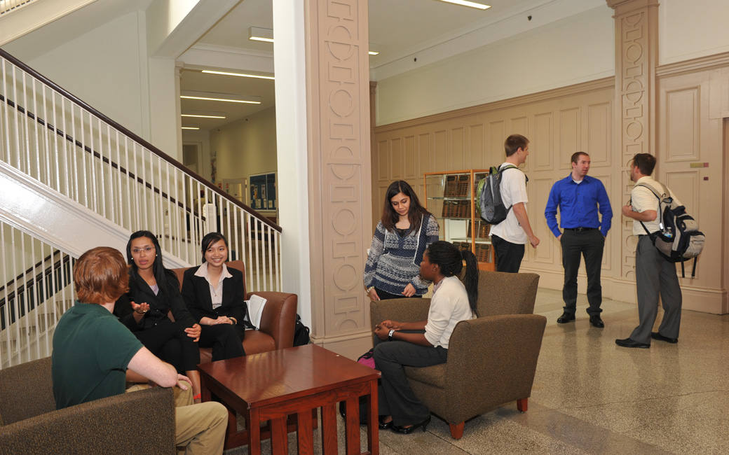 Towson University College of Business and Economics students hang out in Stephens Hall