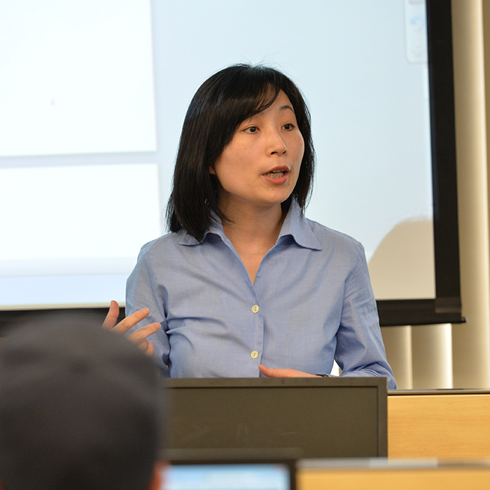 Yingying Shao teaches in the T. Rowe Price finance lab at towson university