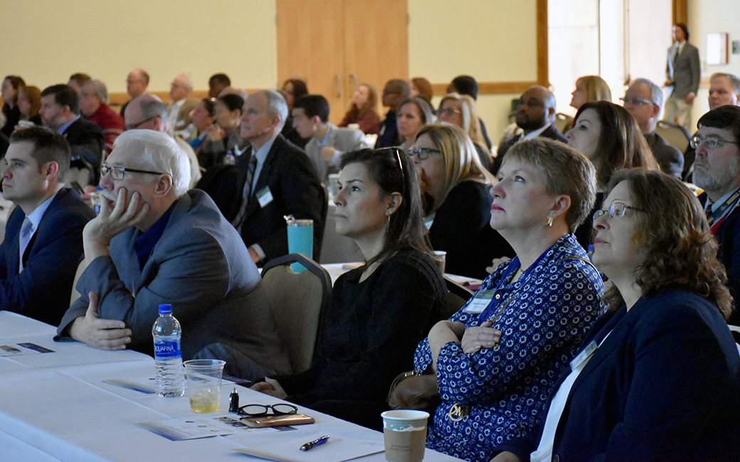 Video of Audience at RESI's 2018 economic outlook forum