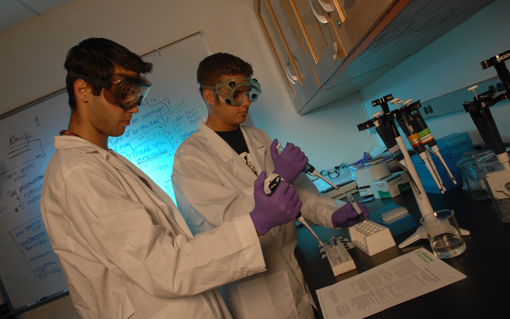 Forensic DNA Lab