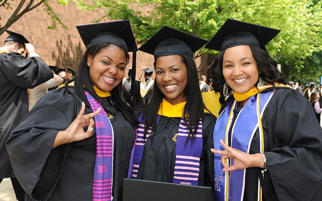 3 women at commencement