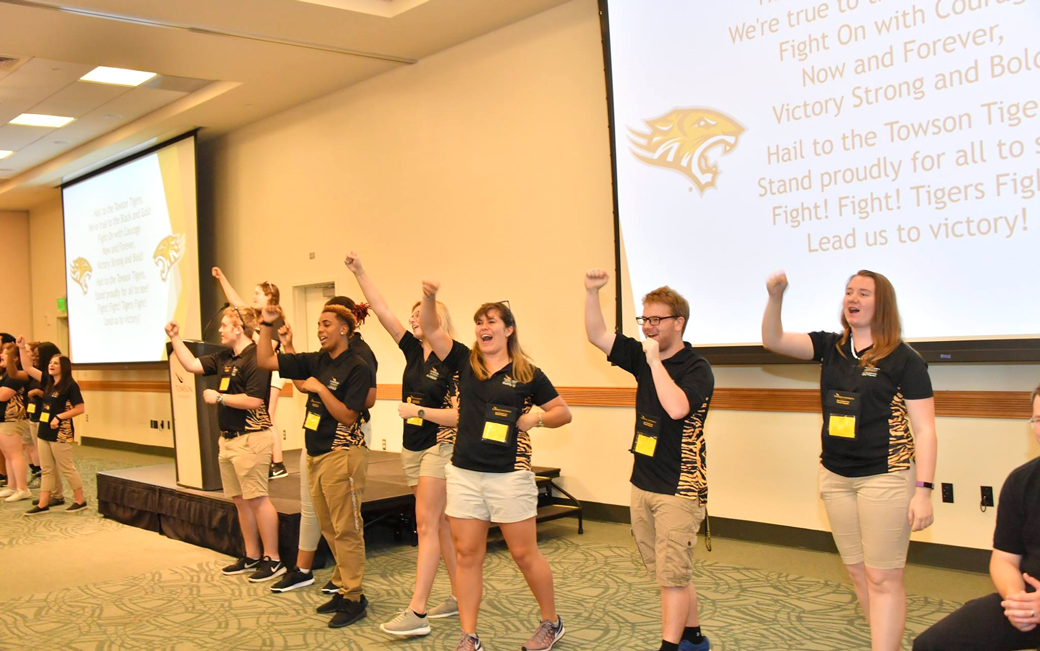 Orientation Leaders lead new students in singing the TU Fight Song