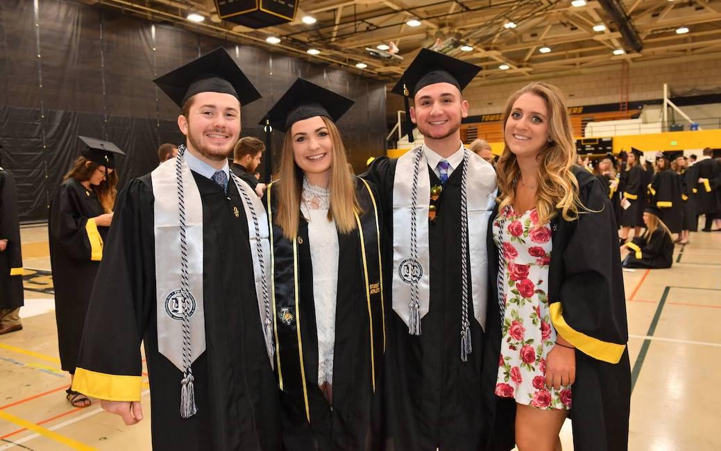 Psi Chi graduates