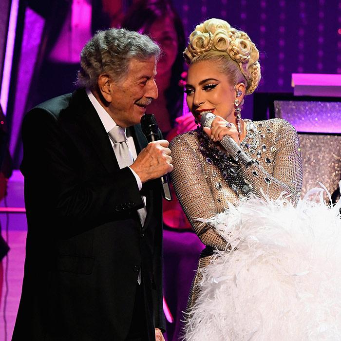 Tony Bennett and Lady Gaga performing